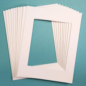 Pack of 10 WHITE 11×14 Picture Mats Matting with White Core Bevel Cut for 8×10 Pictures