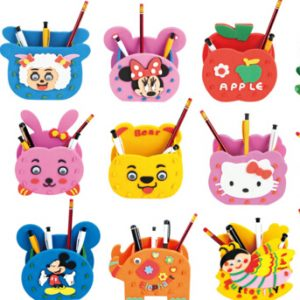Random styles.Handmade Eva Pen Holder Eva Foam Craft Kits Kids DIY Container for Pens Educational toys for Children